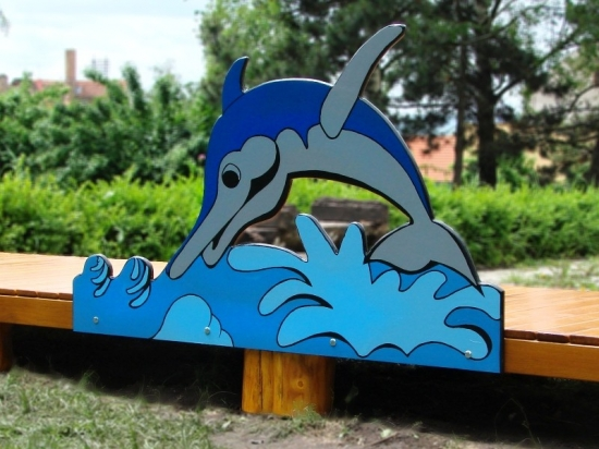 molo-s-delfinem